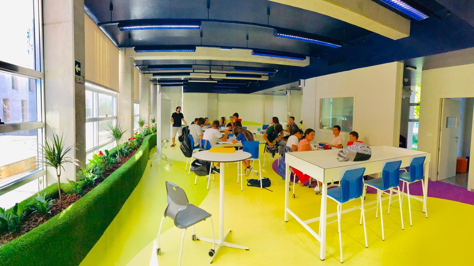 STEAM LAB para el Centro de educación superior Florida Universitària, Valencia